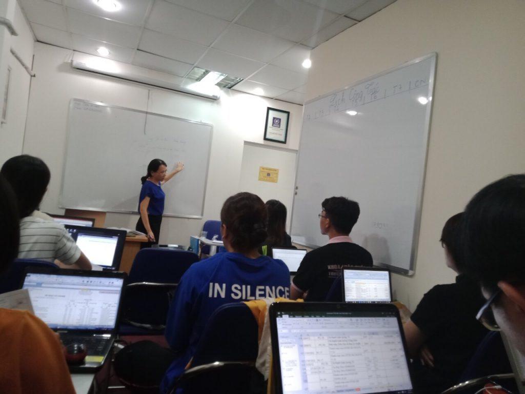 Lớp kế toán thực hành tại VinaTrain chi nhánh Bình Thạnh