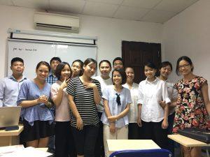Khóa học xuấ nhập khẩu thực tế tại VinaTrain