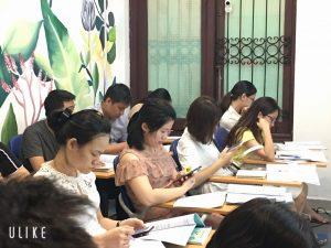VinaTrain thường xuyên tổ chức những khóa học nghiệp vụ xuất nhập khẩu thực tế có không ít người đang làm sale xuất nhập khẩu đăng ký học