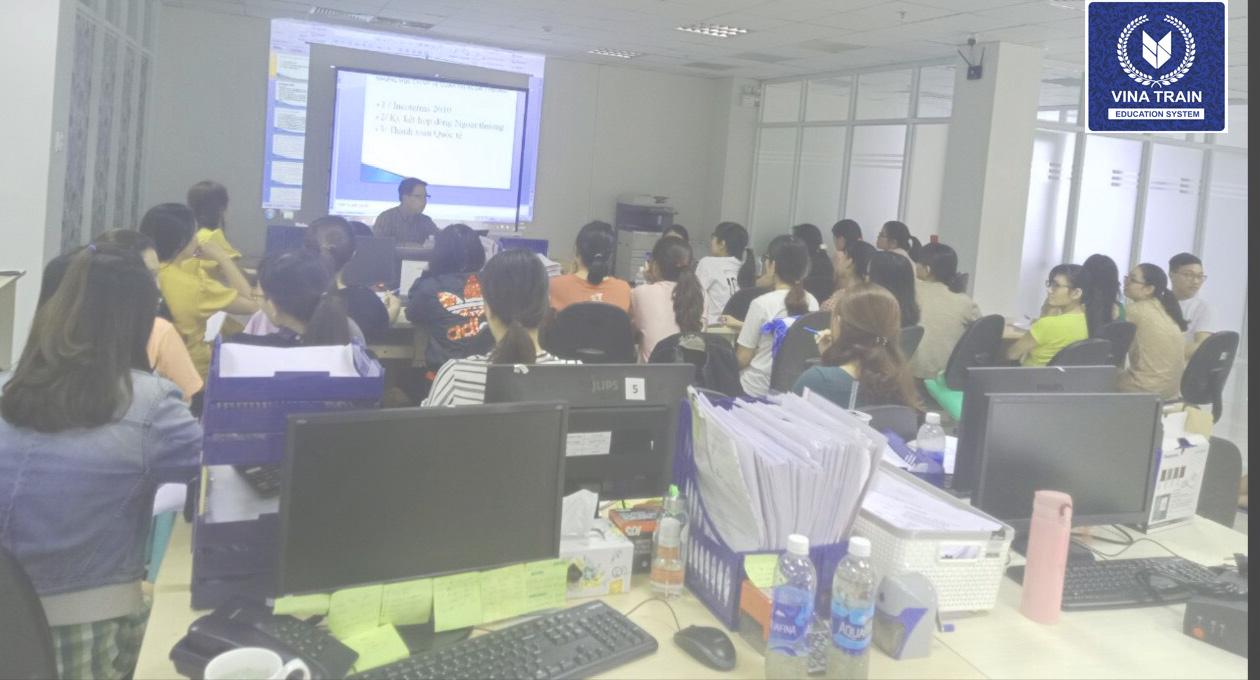 VinaTrain đào tạo nghiệp vụ thực tế tại công ty Cổ Phần Tiếp Vận Phương Đông