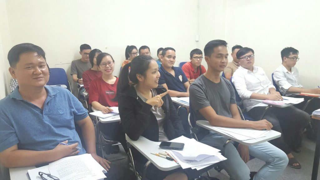 Khóa học xuất nhập khẩu thực tế cho người mới băt đầu tại VinaTrain chi nhánh Hồ Chí Minh