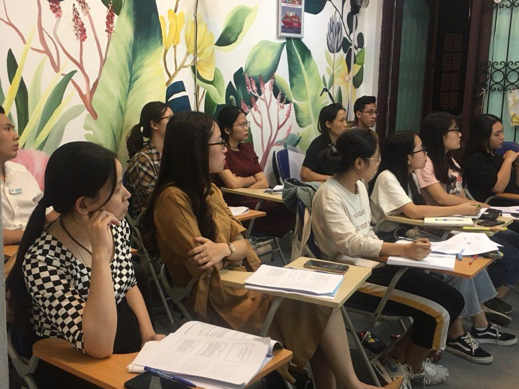 Hình ảnh khóa học hành chính nhân sự chuyên nghiệp tại VinaTrain