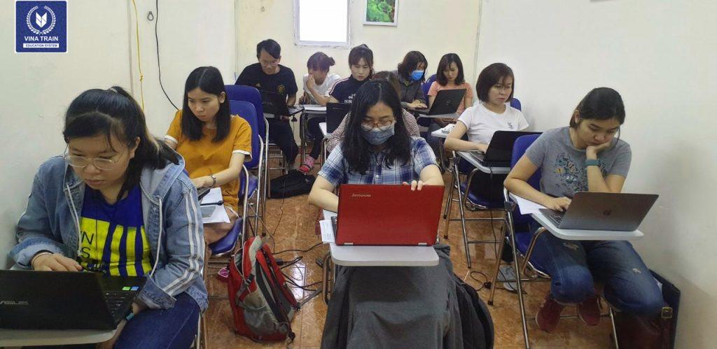Khóa học hành chính nhân sự tổng hợp tại VinaTrain