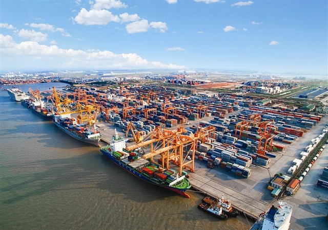 Xuất nhập khẩu chính ngạch qua đường biển chiếm tỉ trọng 60% giao dịch toàn ngành