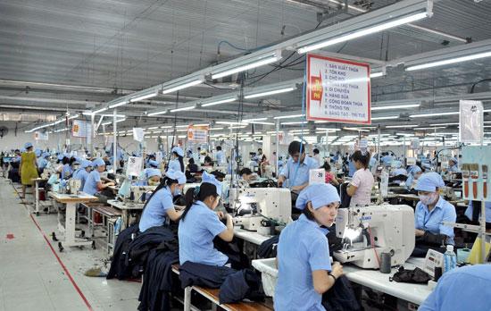 Hàng gia công nằm trong danh mục miễn thuế xuất, nhập khẩu