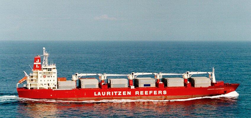 Tàu chở hàng rời cũng có nhiều điểm tương đồng tàu chuyến