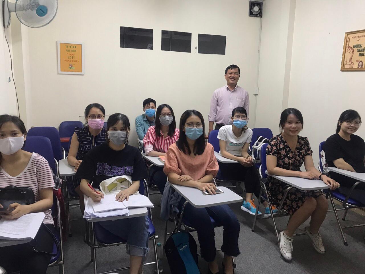 Hình ảnh lớp học nhân sự tại VinaTrain mùa dịch Covid