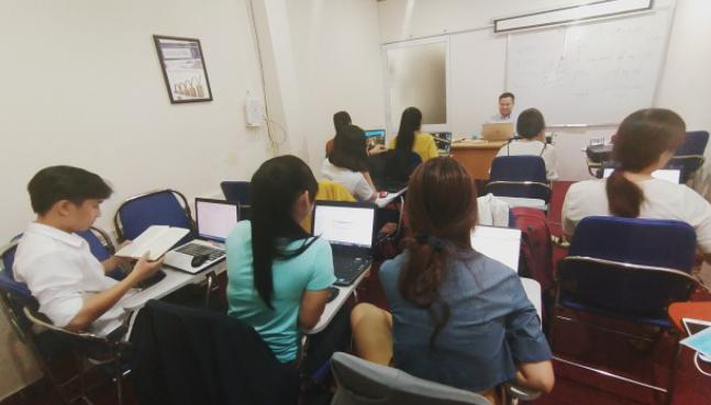 Hình ảnh đào tạo khóa học hành chính nhân sự tại VinaTrain