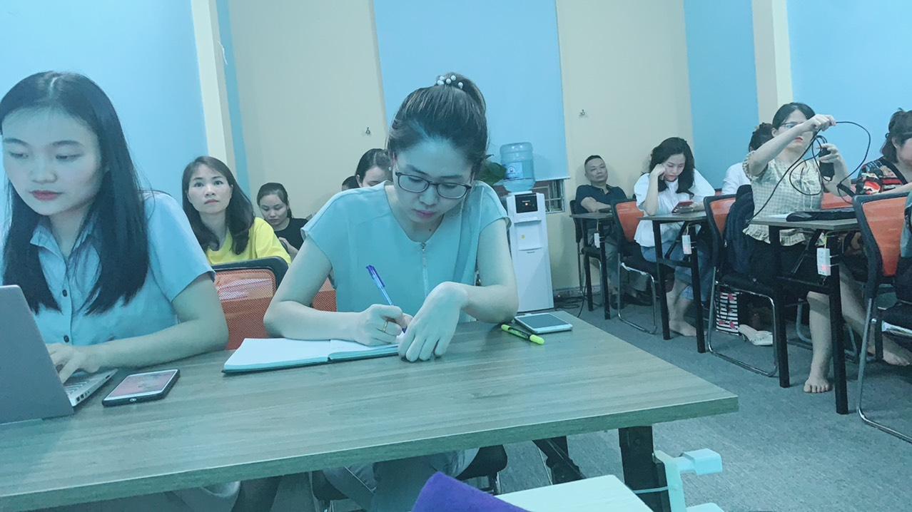 Lớp học C&B của trung tâm VinaTrain chi nhánh Hà Nội
