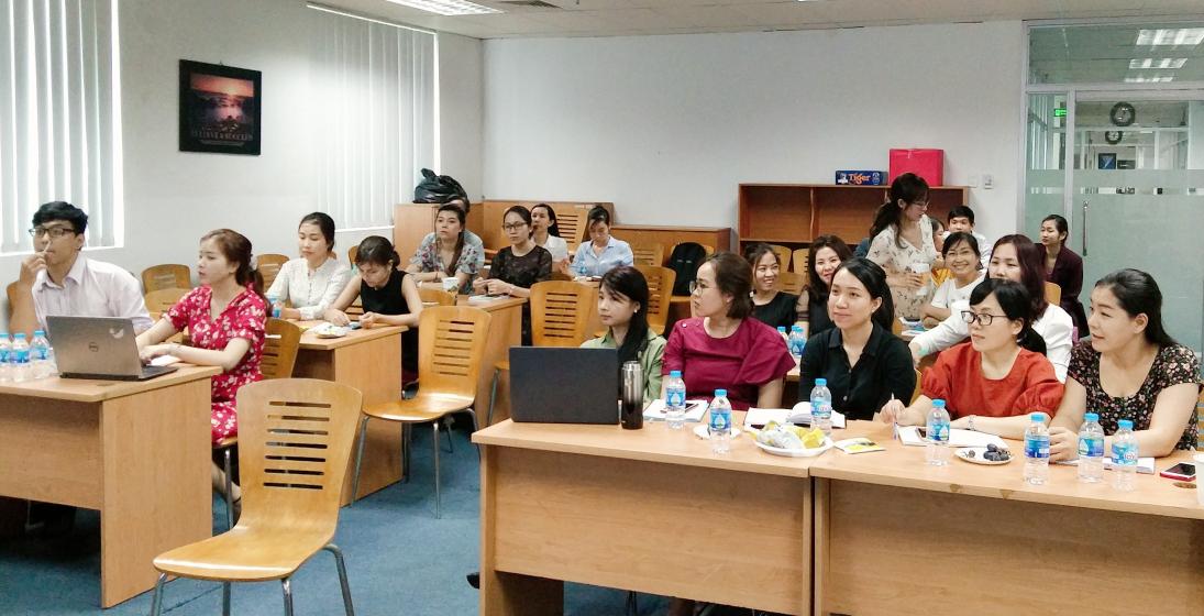 Cán bộ nhân viên công ty cổ phần Tiên Phong trong buổi đào tạo inhouse