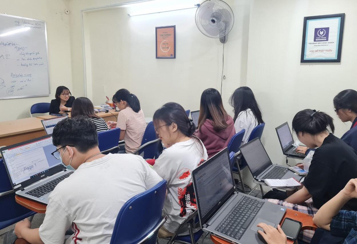 Khóa học chứng nhận xuất xứ trên C/O tại VinaTrain chi nhánh Hồ Chí Minh