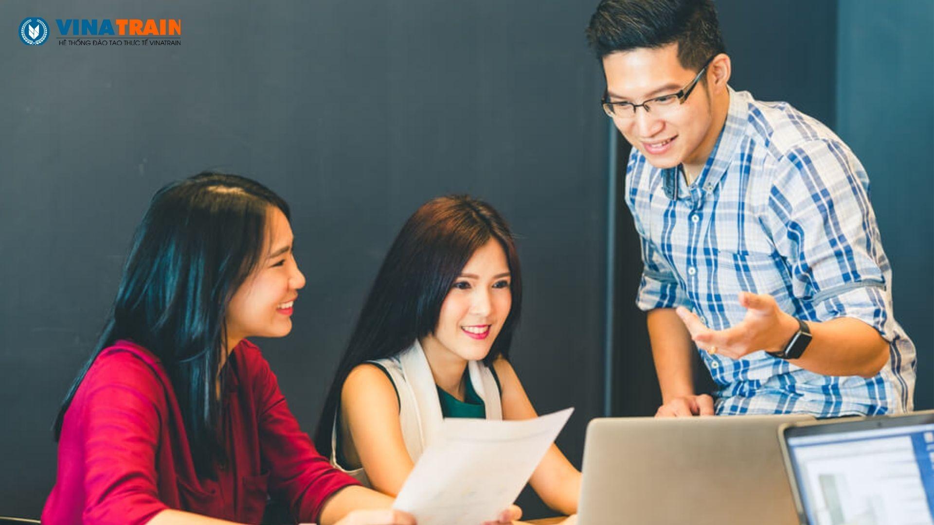 Giao việc cho nhân viên mới nằm trong quy trình tuyển dụng